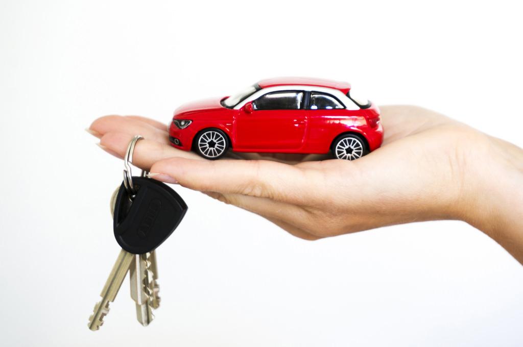 servicii rent a car